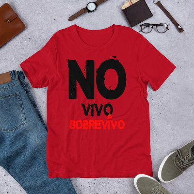 Camiseta UNISEX - SOBREVIVO (c/w) by SUERTECERO